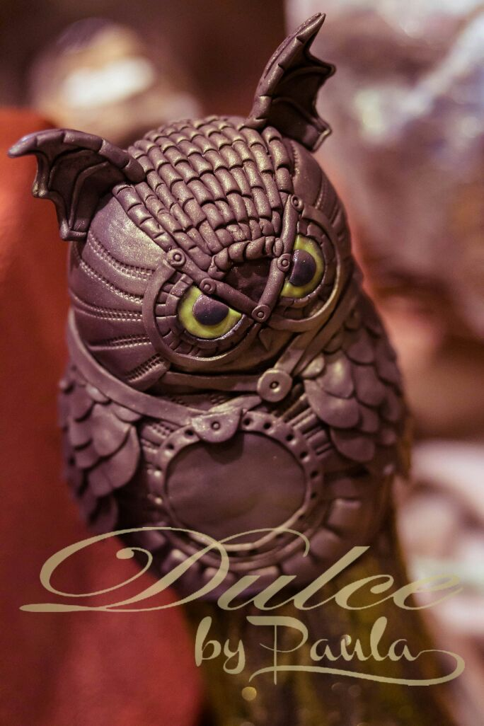 Autumn delight: chocolate owl