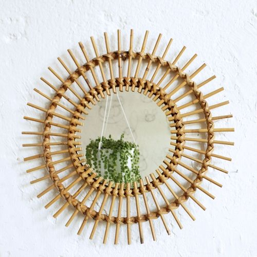 Miroir rotin soleil vintage, 130 € (L'Atelier du Petit Parc)