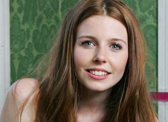 Pin By Wakaday On Stacey Dooley