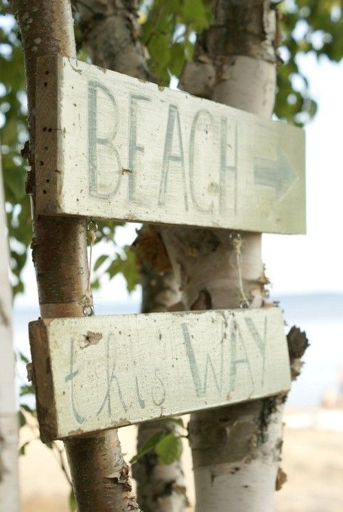 This way to the Beach!