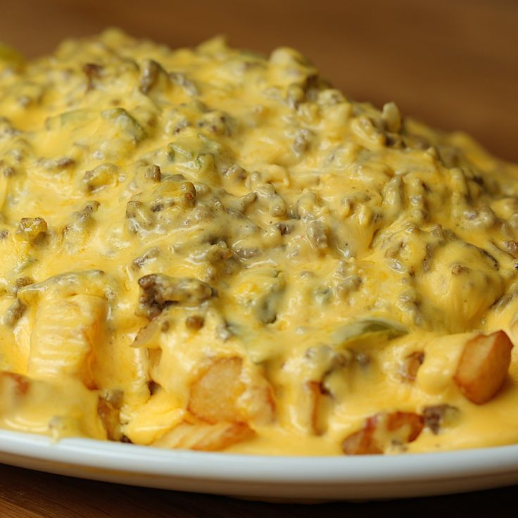 Sloppy Joe Cheesesteak Fries - Twisted (for family get-togethers)