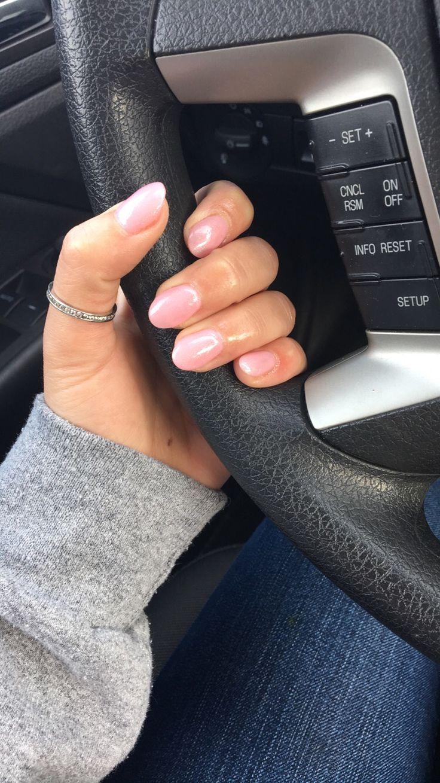 Pink rounded acrylic nails   Pinterest: sydutke