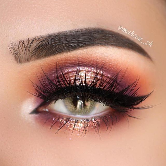 Always looking for new makeup products to create an incredible spring makeup look? Stay on top of what all the guru's and MUAs are using! Get makeup look inspiration from all the latest products released! #makeupproducts