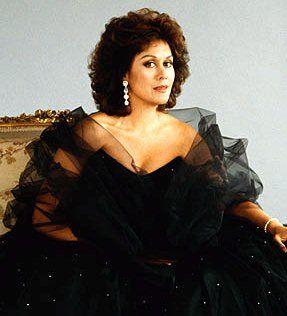 Kiri Te Kanawa - one of the opera soprano greats I have had the personal experience of meeting.