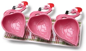Flamingo bowls with Santa hats #lillyholiday