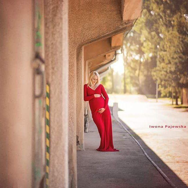 Nowe miejsce, nowe suknie, nowe podejście - bo ja lubię nowości :) #sesjazbrzuszkiem #fotografiadziecięcabiałystok #sesjaciazowawplenerze #fotokraina #sukniedosesjibrzuszkowych #maternitygown #maternityphotography #fotokrainaiwonapajewska