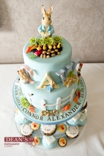 Little Cakes UK's Peter Rabbit cake with matching cupcakes