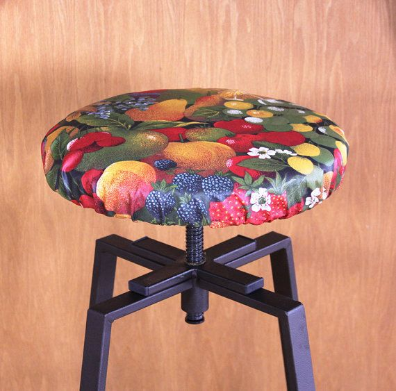❖ ❖ Stool Cover ❖ ❖ This waterproof stool cover will be made to fit your existing backless bar stool, a fun and easy way to change your decor adding a Provence Touch to your room. These stools covers are made from the same acrylic coated - water resistant fabric that I use for the tablecloths: easy care, we just need just wipe it off with a sponge, some mild dish soap if needed, and dry it with a cloth, et Voila! ❖ This cover will be made to the dimensions of your stool : when ordering…
