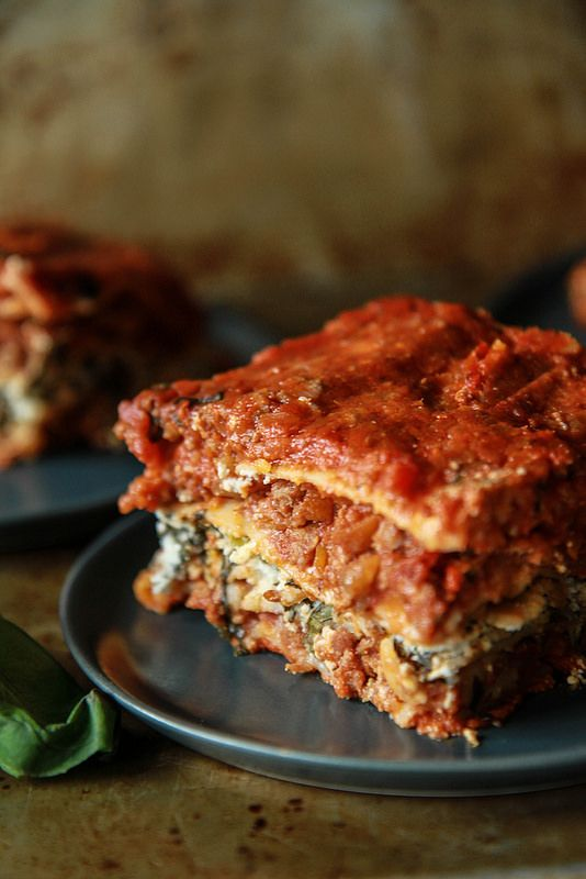 The Best Meat Lasagna - Gluten-Free, Dairy-Free and Egg-Free via @heatherchristo