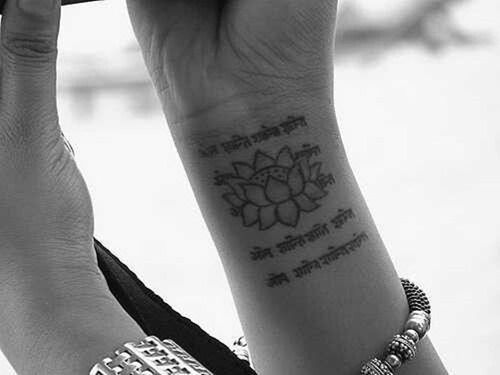 50 Awesome Lotus Tattoos for Women and Girls (11)