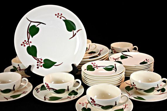 Blue Ridge Pottery Stanhome Ivy Stanhome Ivy Dinnerware Southern Potteries Inc. & 8 best Blue Ridge Pottery images on Pinterest | Blue ridge Dishes ...