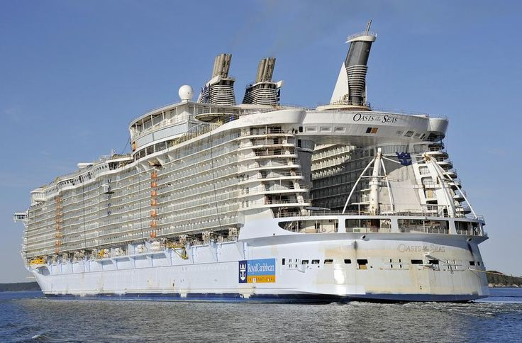 Oasis Of The Seas! Largest Cruise Ship Ever Built. The Center Of The Ship Is Open To A Garden ...
