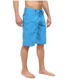 Search Oakley mens swimwear. Views 115113.