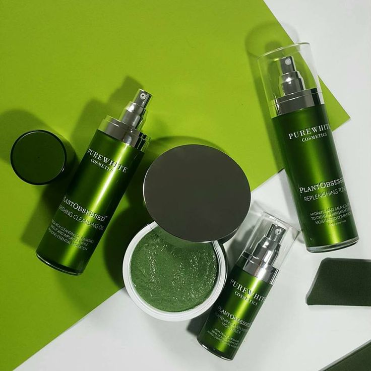Green love 💚 Pure White's PlantObsessed™ treatments harness the healing power of nature to address the visible signs of ageing, and help keep your skin looking healthy and radiant.