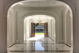 related image stone mansion pinterest mansion foyer staircase and foyers. Black Bedroom Furniture Sets. Home Design Ideas