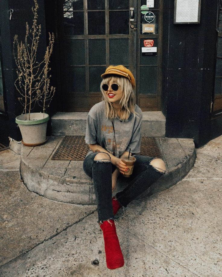"4,498 Likes, 62 Comments - Nicole Alyse (@nicolealyseee) on Instagram: ""Vintage tees, ripped jeans, red lips, iced coffees, and statement boots on repeat  I finally found…"""