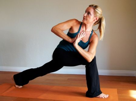 3 yoga poses for tight hips and hamstrings #run #running