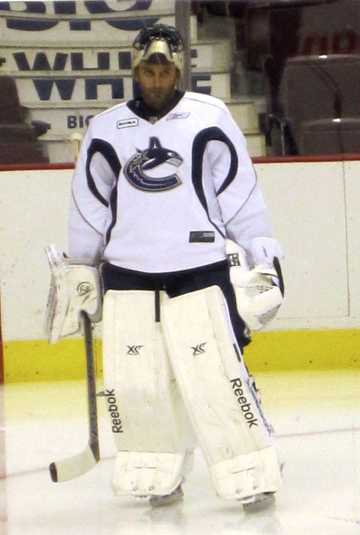 Vancouver Canucks pre-season scrimmage #1Roberto Luongo