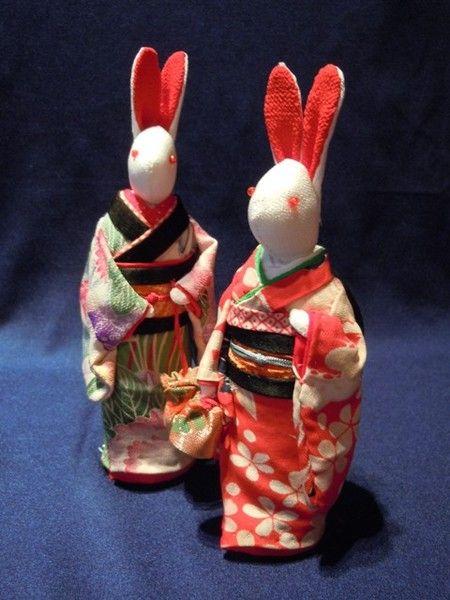 侍Art:伝統工芸 ― ちりめん細工師 中川/岡村、ちりめんうさぎ ちょっとお出かけ(巾着)