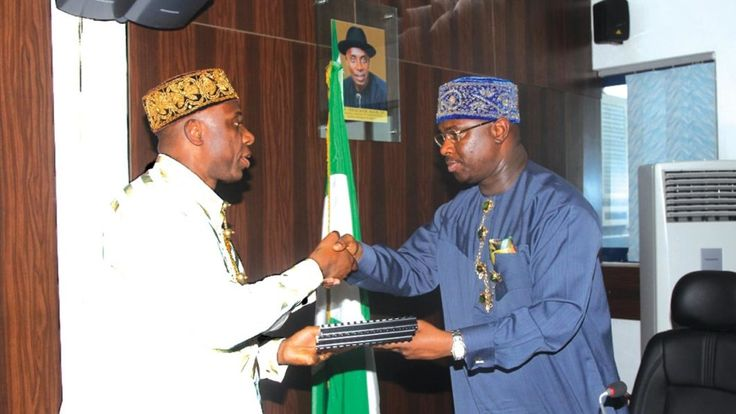 The Director General, Dr Dakuku Peterside of Nigerian Maritime Administration and Safety Agency (NIMASA), says the agency is ready to partner with the Federal Government of Nigeria to meet development challenges  and dialogue in the Niger Delta.