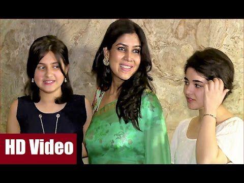 WATCH Sakshi Tanwar stunning in transparent saree at screening of DANGAL. See the full video at : https://youtu.be/nooHyb7BaEE #dangal #sakshitanwar #bollywoodnewsvilla