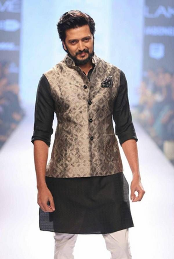 Lakme Fashion Week 2015: Celebs at the do