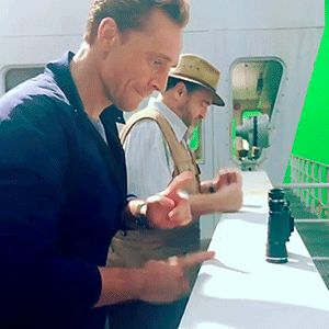 """voteroberts: """"Making beats in our spare time Tom Hiddleston"""" Video: https://www.instagram.com/p/BSO-fg8AxpB/"""