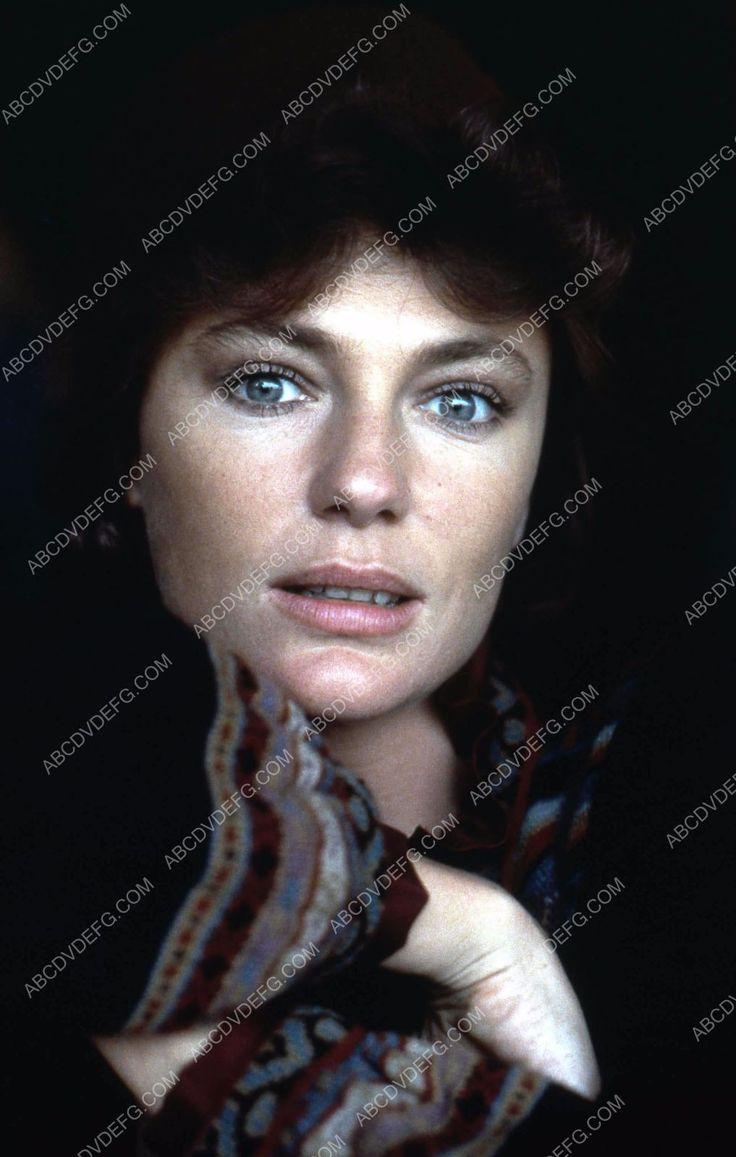 beautiful Jacqueline Bisset portrait 35m-838