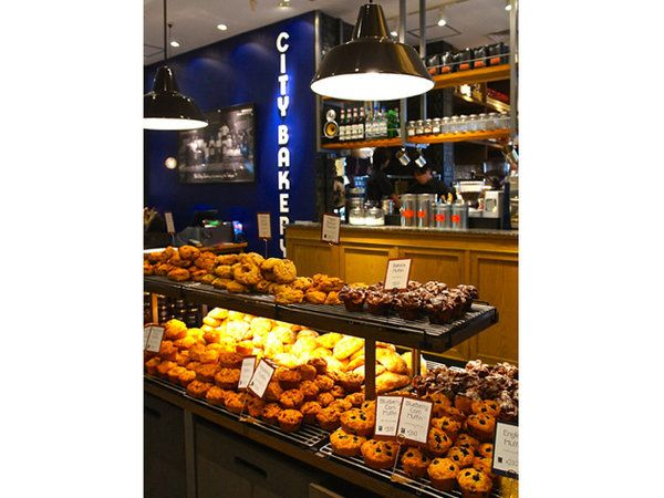 2013年に日本上陸を果たした、ニューヨーカーが愛する「ザ シティ ベーカリー」。先日、昨年秋にオープンした品川店にお邪魔してまいりました♪