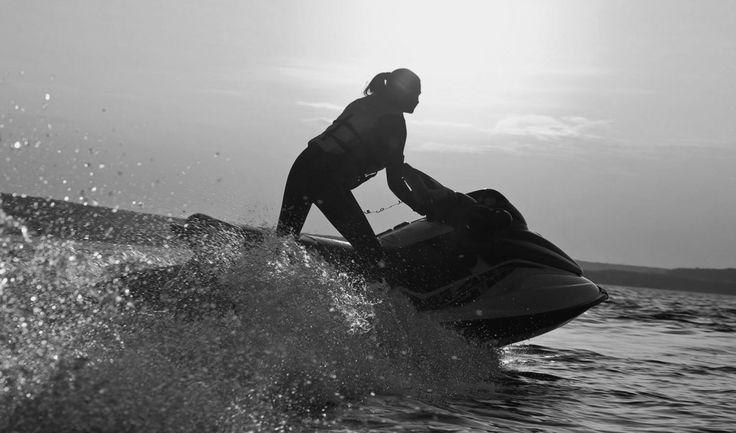 Jet-ski licence Sunshine Coast Maroochydore with Licence to boat
