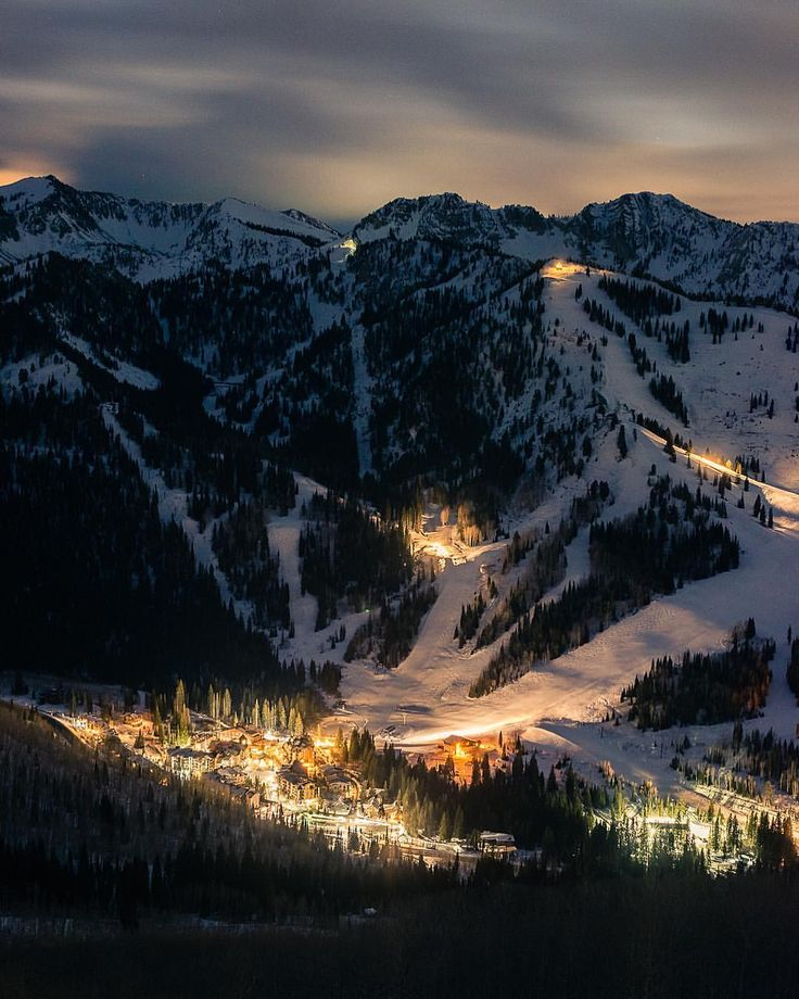 """282 Likes, 5 Comments - Eric Nelson (@linkchutes) on Instagram: """"Solitude Village Base early morning lights. #solitudemountainresort #solitudemountain…"""""""