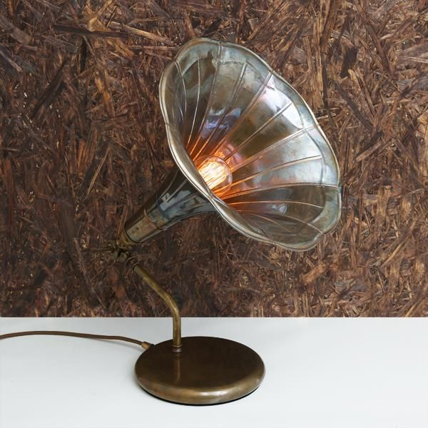 with a striking look the gramophone table lamp easily revives any room or home office with its charming design