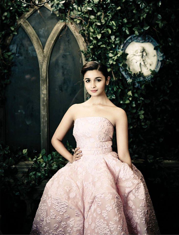 Alia bhatt ( fairy tale look )