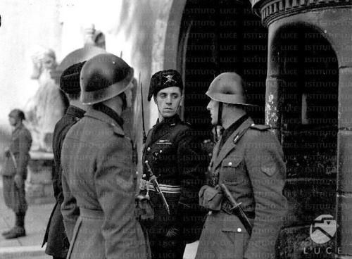 171 best Фаши, наци images on Pinterest | Wwii, War and Italian army