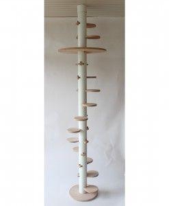 Deckenhoher Design Katzenbaum in Standard Ausführung jetzt im Cattrip Shop. Kinderleichter Aufbau ohne Werkzeug. Mit Elementen vielseitig erweiterbar.