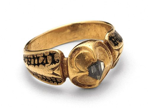 15th century Italian wedding ring, inscribed with the names of the bride and groom on the shoulders of the ring.  How totally romantic...