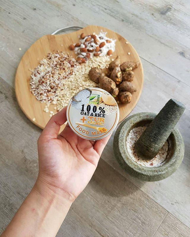 Manfaat: 🍚 OAT & RICE + * TURMERIC* Food Mask by Lush Garden  Sesuai bagi mereka yang mengalami masalah kulit ✅berminyak ✅jerawat ✅kusam dan kehitaman ✅kulit terbakar . . 🌱Manfaat *beras* : . . 👱🏻♀️mengandungi *asam ferulic* sebagai antioksidan pada kulit 👱🏻♀️mengandungi *alantonin* bersifat anti inflamasi untuk atasi jerawat yang meradang. 👱🏻♀️memutihkan dan menghaluskan kulit 👱🏻♀️memperkecilkan pori 👱🏻♀️anti penuaan dan mengencangkan kulit . . 🌱Manfaat *oat…