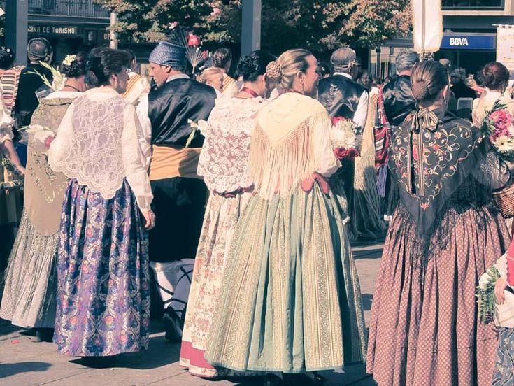 1000 ideas about trajes de baturra on pinterest aprons - Alquila tu espacio ...