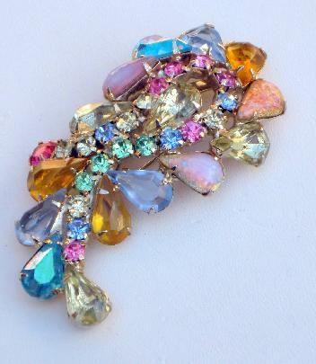 Vintage Multi Color Art Glass & Rhinestone Brooch #vintagejewelry #vintagebrooch #rhinestonebrooch $52.00