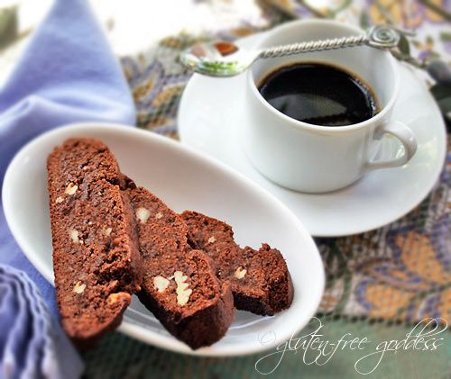 A Christmas cookie for grown-ups. Gluten-free chocolate biscotti - #glutenfree #baking #chocolate