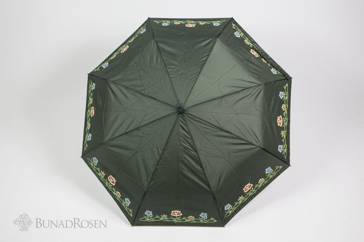 Bunadsparaply til Nordlandsbunad kan kjøpes i vår butikk eller nettbutikk!