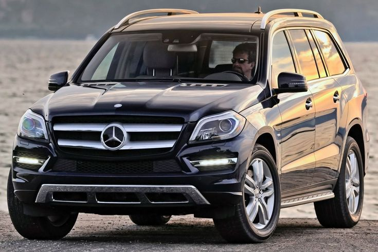 2014 Mercedes-Benz GL-Class vs 2015 Ford Explorer - Cars Comparison
