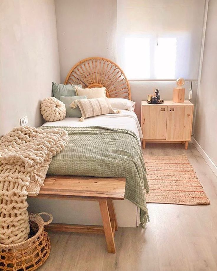Uploaded From Pinterest In 2020 Bedroom Decor For Couples Room Colors Cheap Home Decor