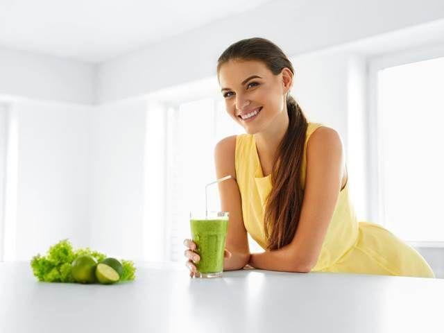 Zelený koktejl, který vám dodá energii a posílí kosti