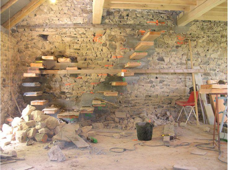 Bricolons.fr - Jeu Concours avec Complètement-Marteau #escalier #autoconstruction #briconcours
