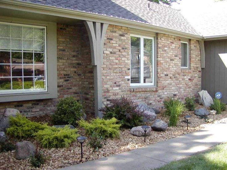 Shrubs Plants Amp Boulders In Rock Bed Exterior Front