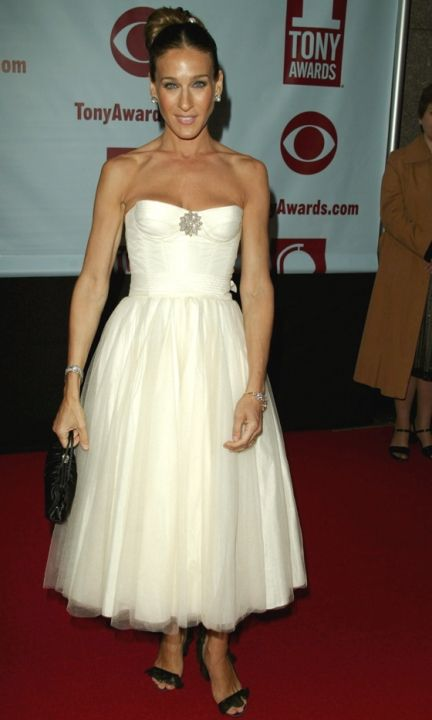 Sarah Jessica Parker Wearing A Tuelle Dress At The Tony Awards, 2004