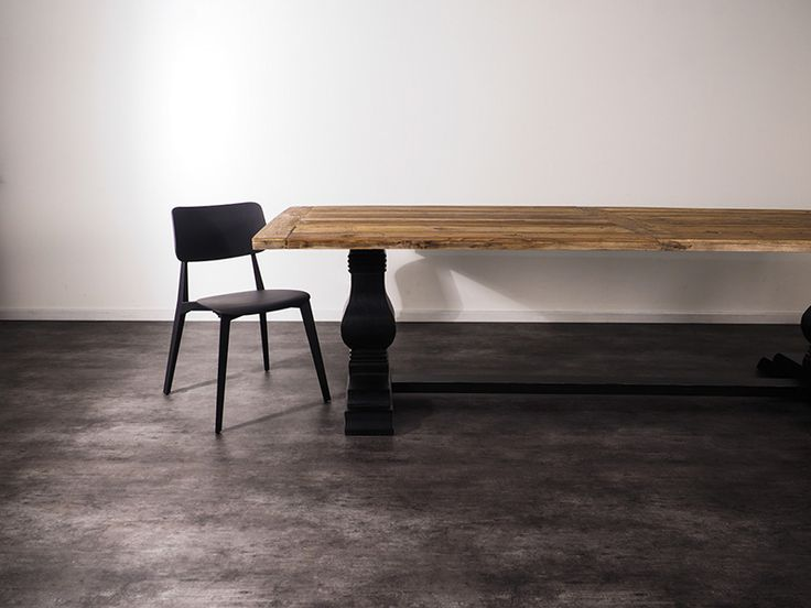 An entertainers dream, the Brentwood table seats up to 12 people and features a distressed table-top made from 100% reclaimed Elm with a beautifully hand-crafted Poplar base. Limited stock available. Order yours online TODAY. https://www.earlysettler.com.au/made-for-today