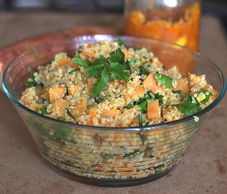 Quinoa and sweet potato. The flavor comes from the sauce with has preserved lemon,