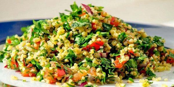 Слегка кисленький и очень вкусный салат восточной арабской кухни
